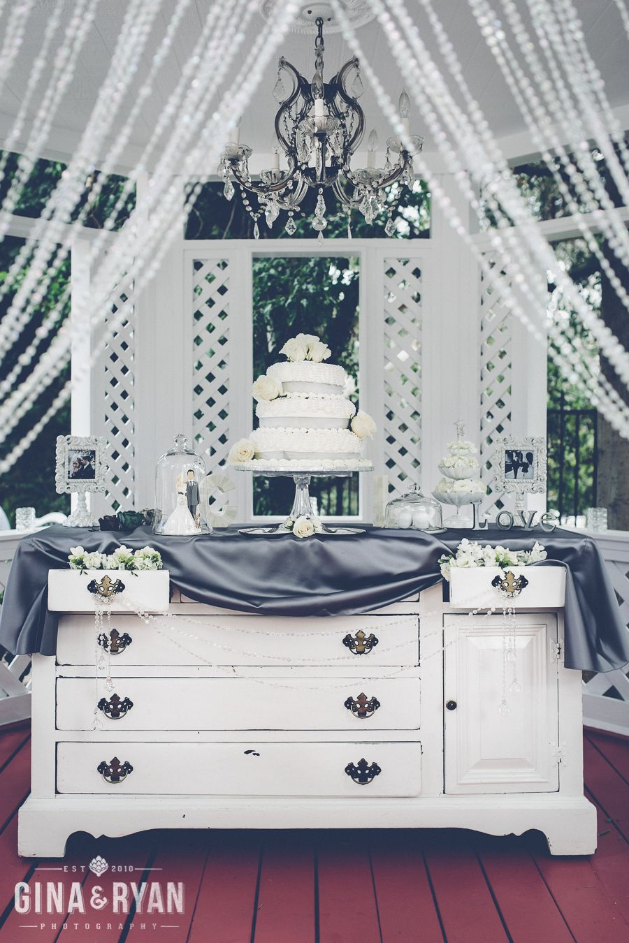 The dreamy cake design with hanging chandelier crystal curtain the dreamy cake design with hanging chandelier crystal curtain crystal strands and flowers at arubaitofo Images