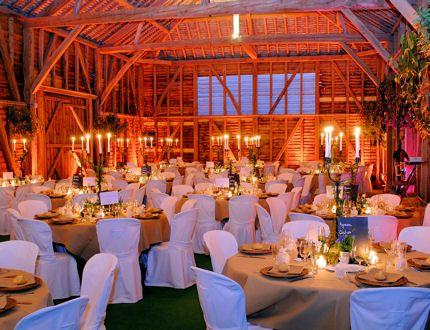 Une grange d co mariage birthdays mariages fiestas etc pinterest d coration de mariage - Decoration table champetre jardin la rochelle ...