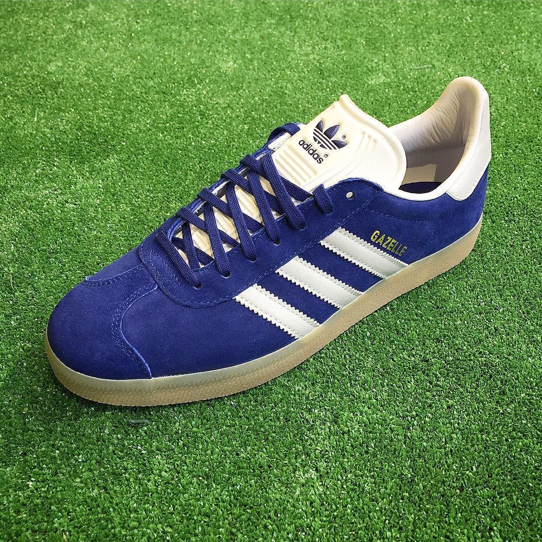 meilleure sélection 956b2 8d597 The ink/metallic silver colourway of the adidas Gazelle 91 ...