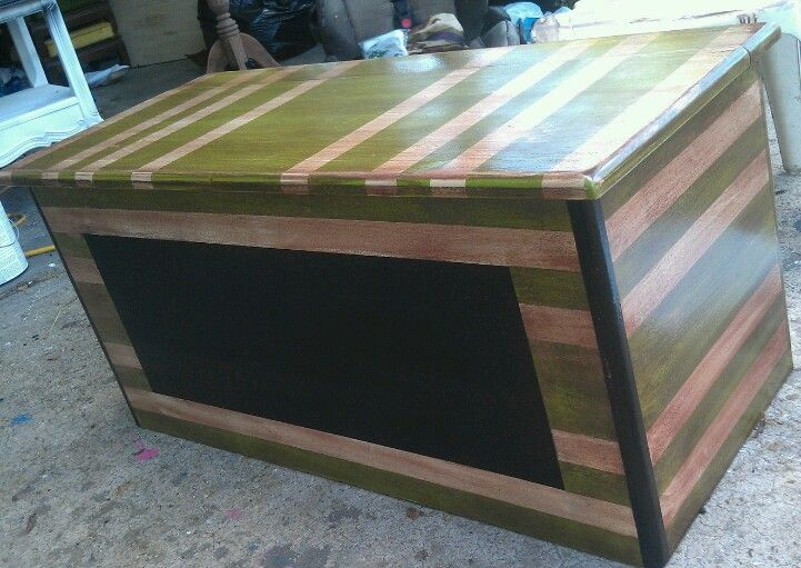 Distressed Green Striped Toybox With Chalkboard Front 175 Toy Boxes Green Stripes Decor