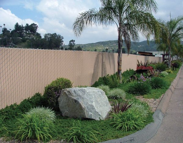 Slat Chainlinkcalifornia Park Jpg 600 470 Pixels Fence Slats Chain Link Fence Fence