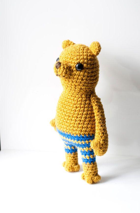 This is Sven the amigurumi bear.