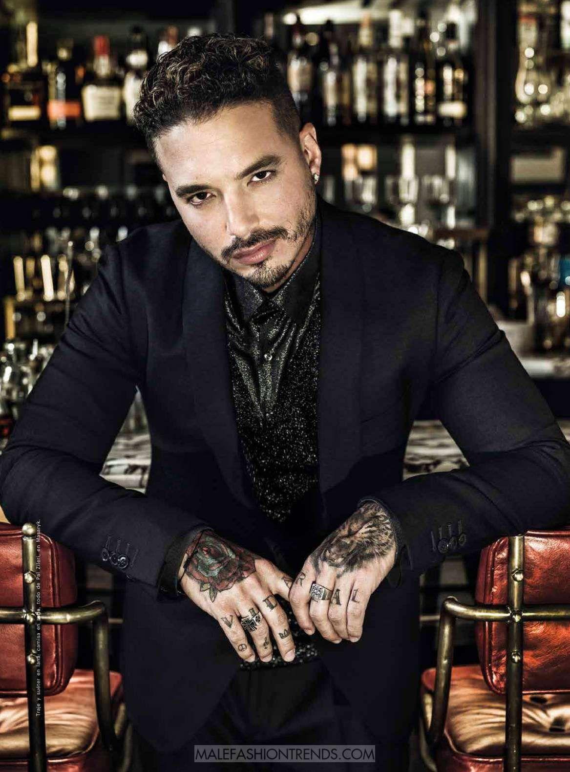39b9350cd31a J Balvin para Esquire México por Omar Cruz | J. Balvin♥ | Cantantes ...