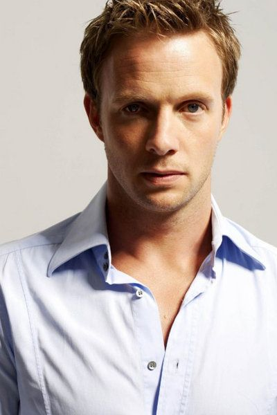 Rupert Penry Jones - He reminds me of my husband for some reason & also the best Cpt. Wentworth