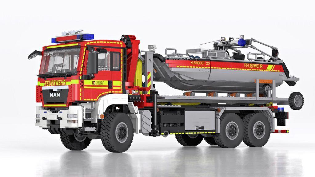 Lego Man Tgs Hooklift Truck With Boat Wechselladerfahrzeug Mit