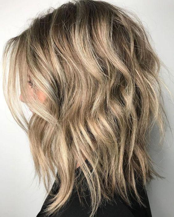 Layered Hair Medium Wavy Wavy Hairstyles Medium Length Bob Hairstyles Shoulder Length Haircuts Medium Shag Haircuts Hair Styles Medium Hair Styles