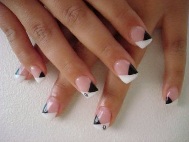 20 French Manicure Nail Art Ideas   French manicure nails, Manicure ...