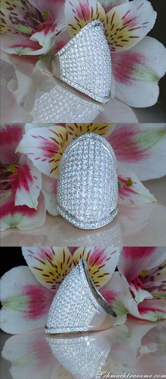 High-end Diamond Ring, 5,65 cts. G-VS1 WG18K