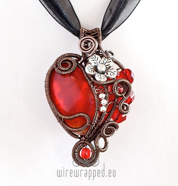 OOAK Red heart & flower wirewrapped pendant by ukapala on Etsy, €50.00