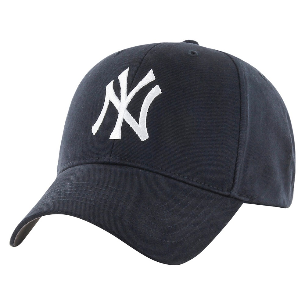 Pin By Em On Fitz In 2021 Yankees Hat Outfits With Hats New York Yankees