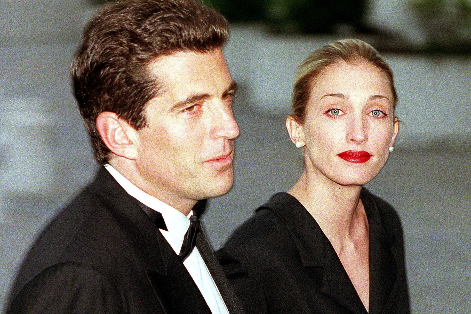 Carolyn and John Kennedy (With images)   Carolyn bessette