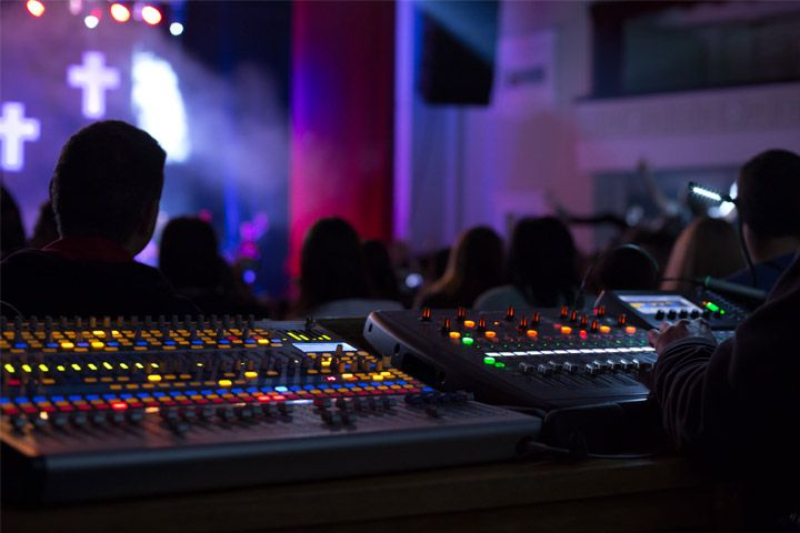 The Audio Visual Technology Your Church Is Considering Should Reflect Your Church S Unique Culture Learn How To Begin Choosing Th Church Building Visual Audio