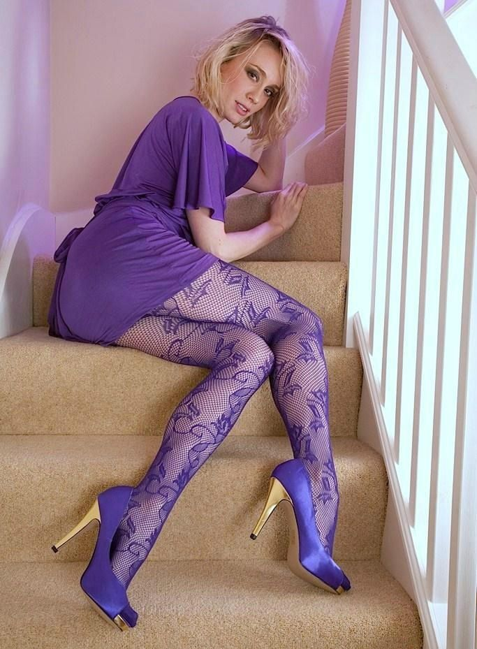 Think, that sexy girls in purple stockings congratulate