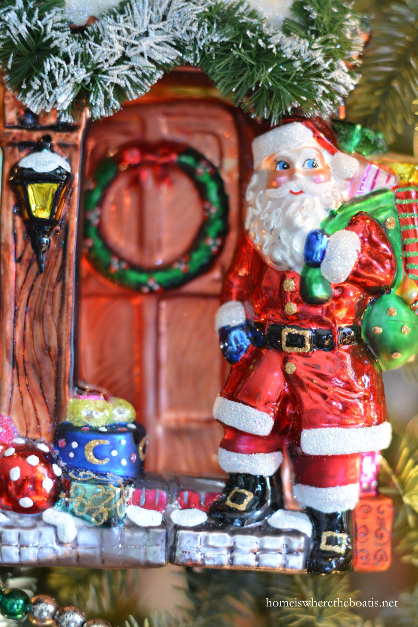 A Visit from St. Nicholas on the Tree | homeiswheretheboatis.net #Christmas #Radko