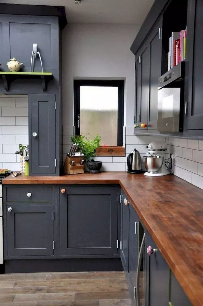 Best 15 Incredible Farmhouse Gray Kitchen Cabinet Design Ideas 640 x 480