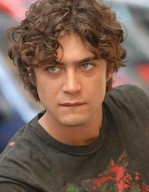 riccardo scamarcio height