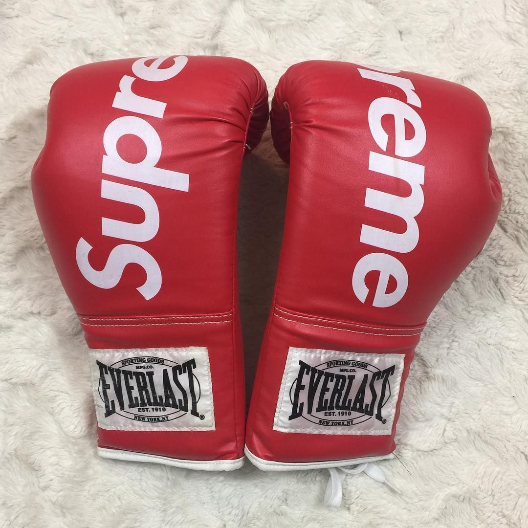 a9019b12 Supreme Boxing Gloves (2016) | Supreme in 2019 | Boxing gloves ...