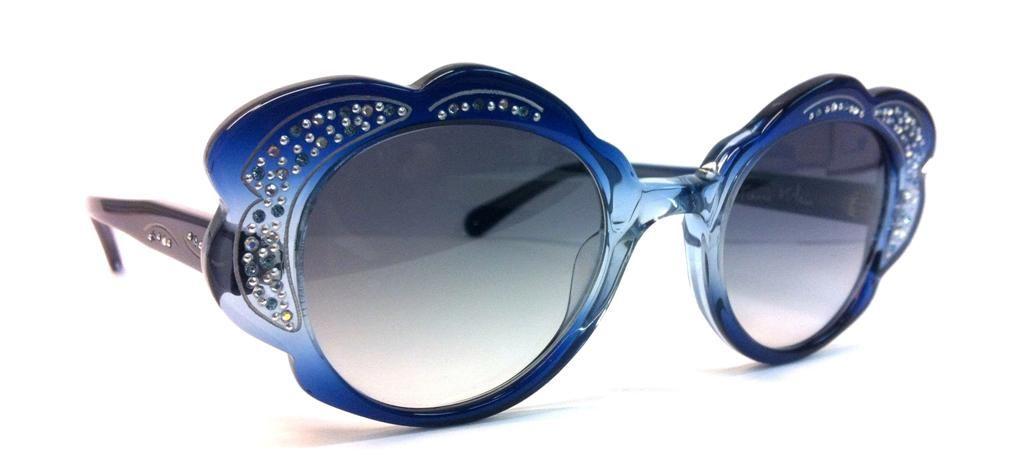 Modelo de gafas DASY N13 - P210 de Francis Klein. Disponible en Óptica Kepler www.opticakepler.com