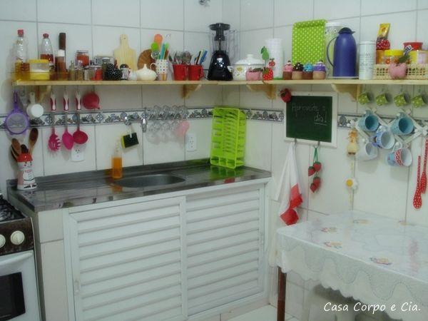 Decoraç u00e3o barata Antes e depois da cozinha Casa Corpo e Cia COZINHAS& ACESSÓRIOS (tudo  -> Decoração Cozinha Pequena Barata