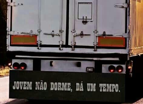 """#Frases...☆ """"Para - Choque de Caminhão"""""""