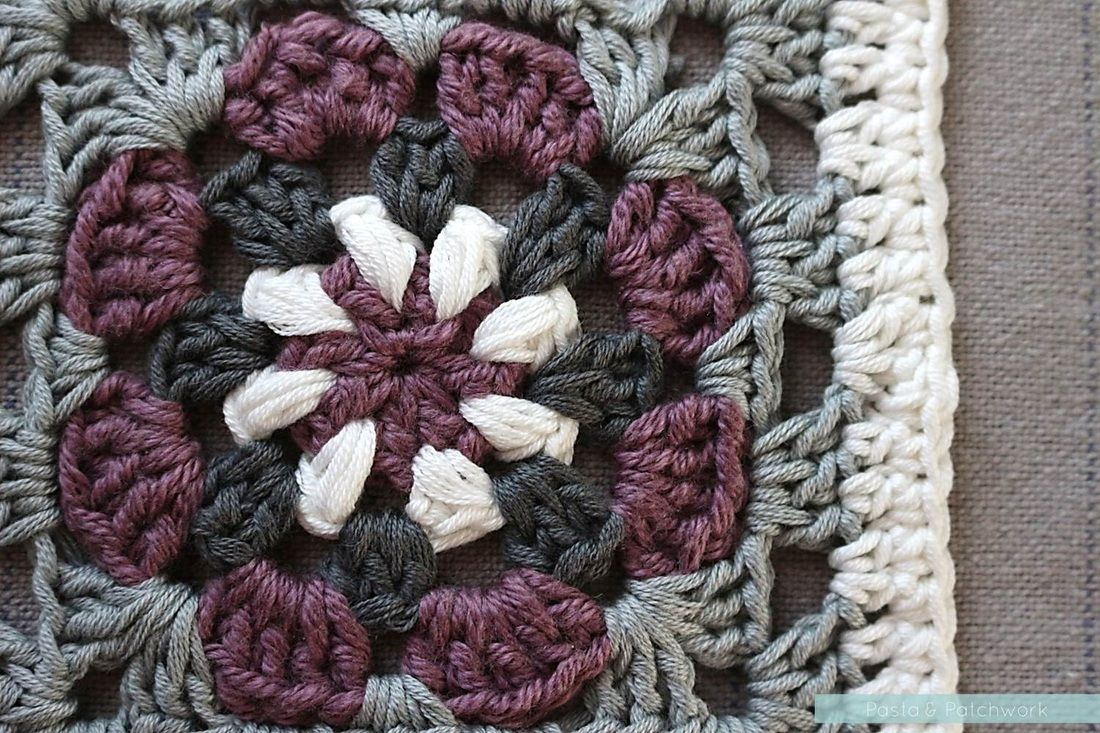 Lily pad granny square free pattern with diagram pasta this lilly pad crochet granny square is relatively simple to make and very pretty free pattern diagram and photo tutorial bankloansurffo Image collections