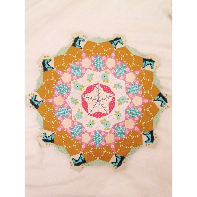 Here's a shot of a La Passacaglia hand-pieced quilt