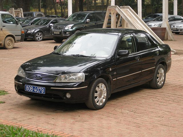 Ford Laser Ghia     http://choxeviet.com/Cho-oto.aspx  http://choxeviet.com/ford/-i22/laser-j292.aspx