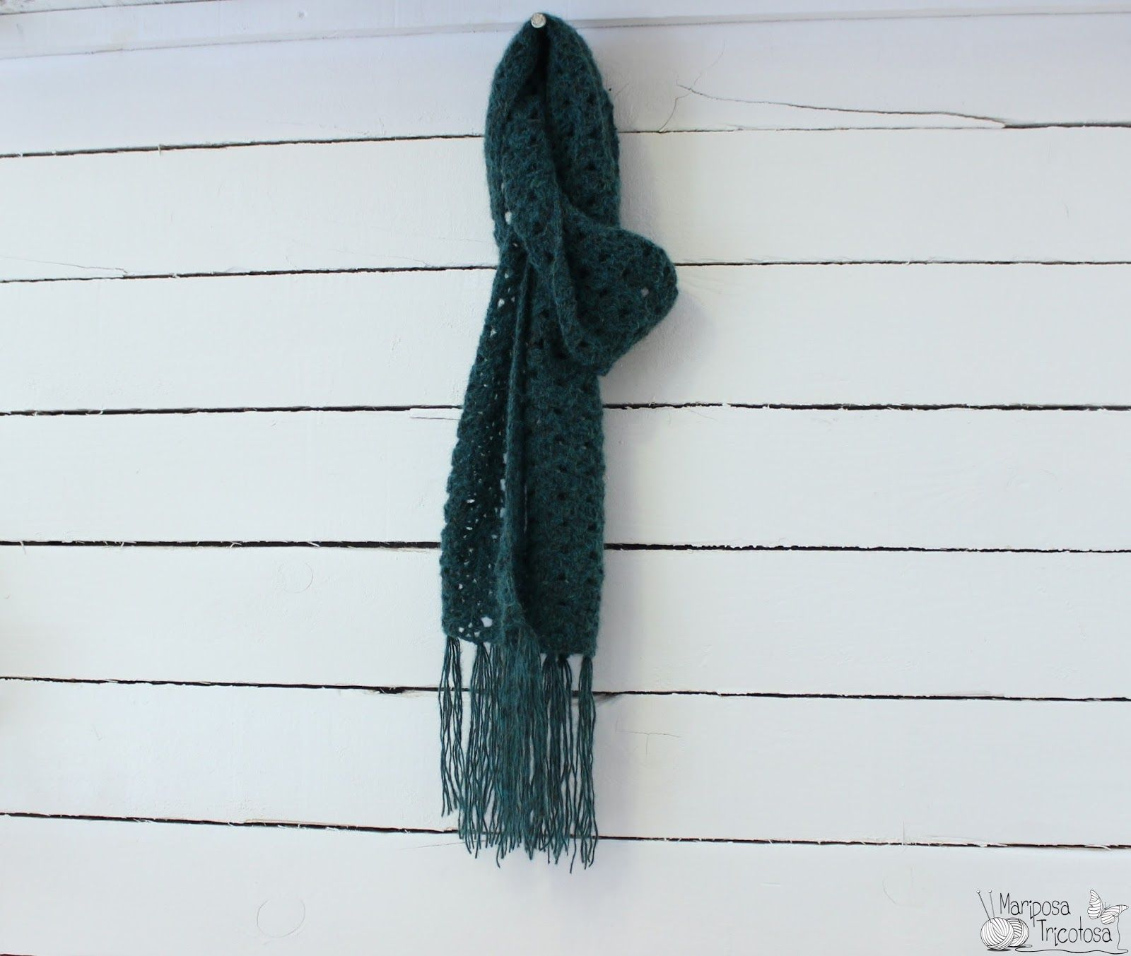 mariposa tricotosa: Mujer previsora...bufanda de ganchillo ...