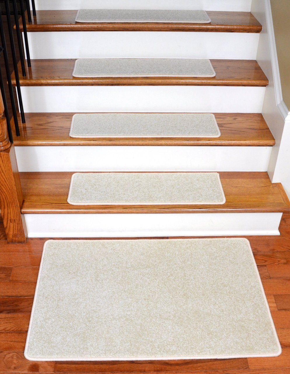 Best Dean Carpet Stair Treads 27 X 9 Buff Ivory Beige Plush 640 x 480