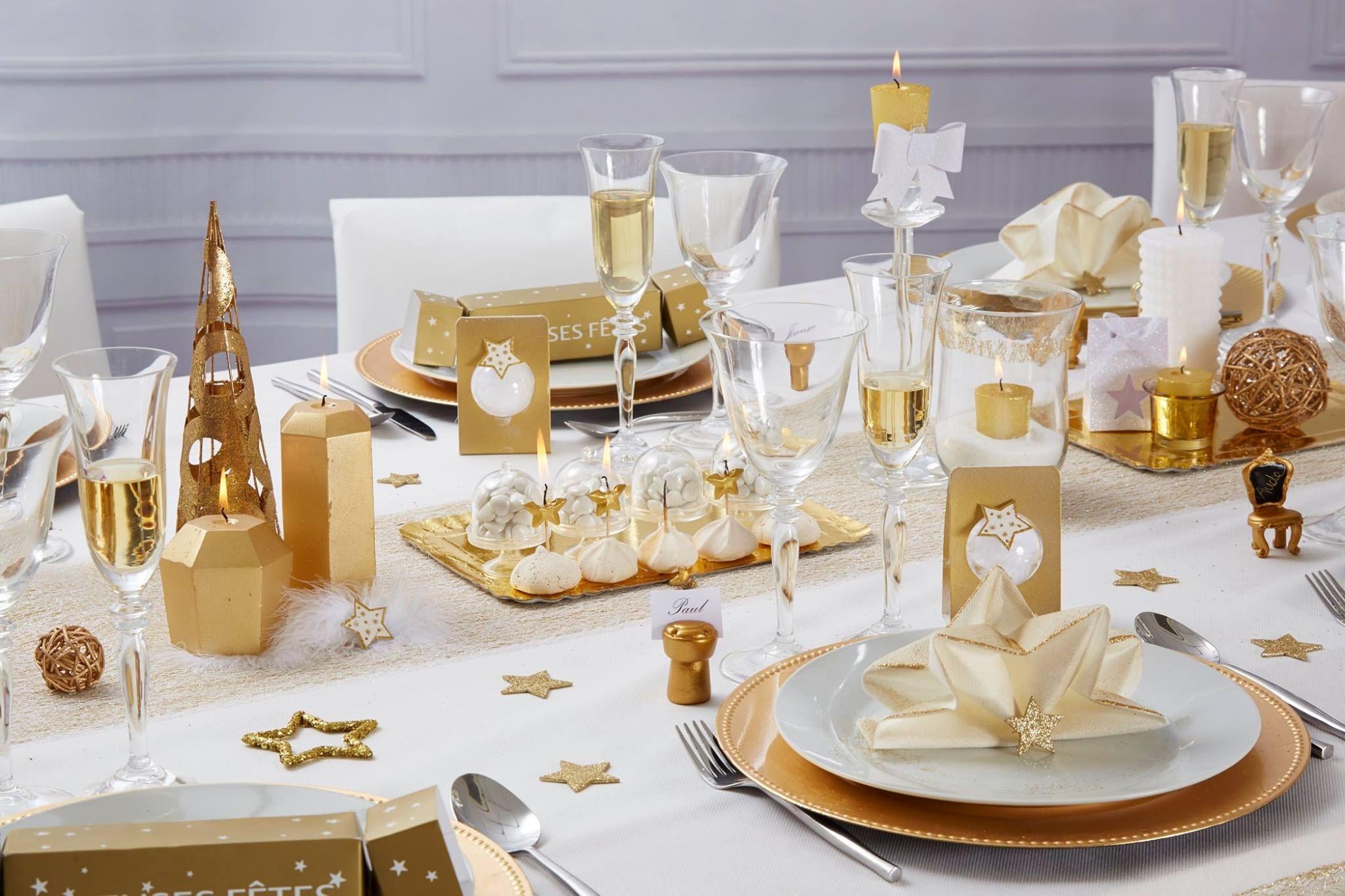 Belle Ambiance Pour Cette Jolie Table De Noel Noel Pinterest