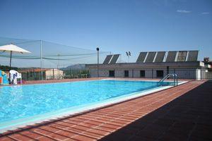 La piscina comunale.