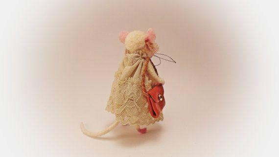 Süsse Maus will schwanz lutschen