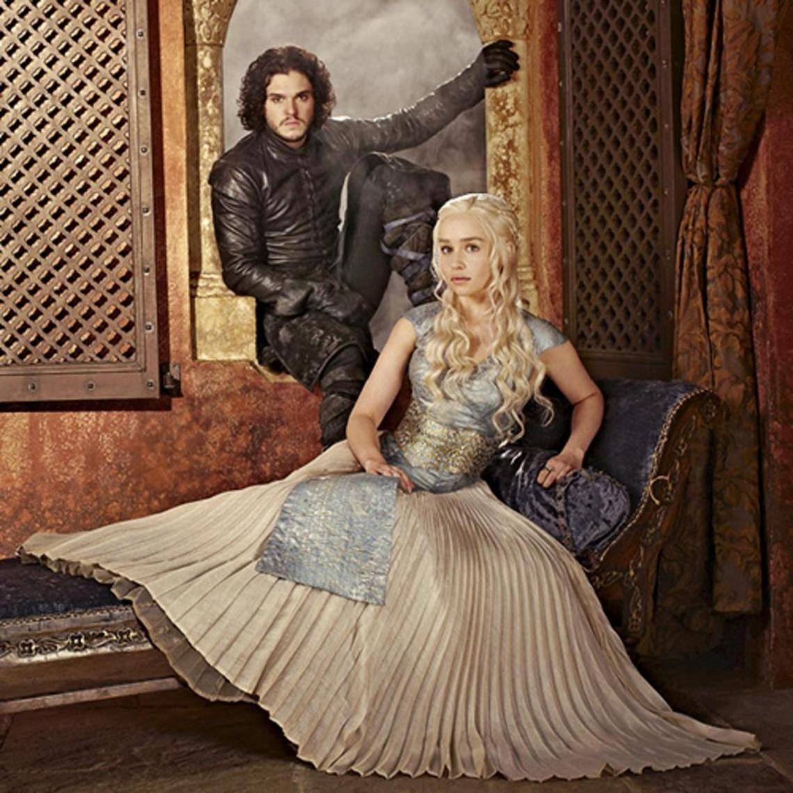 Game of Thrones Daenerys Targaryen & Jon Snow