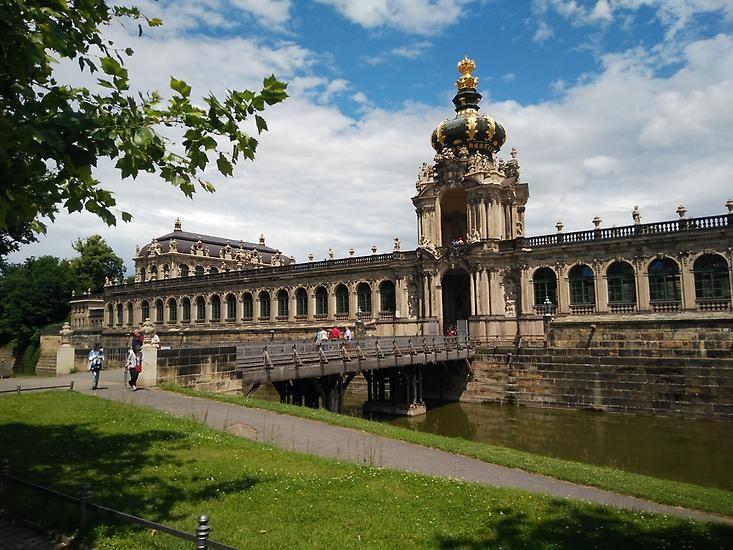 Dresden Zwischen Barock Und Streetart Dresden Sachsen Stadtereisen Dresden