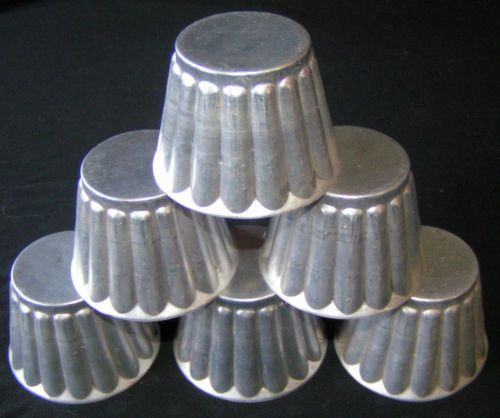 6 VTG Metal Aluminum TIN MOLD Jello Custard Baking MINI Tart Bundt Cake Cups LOT- ladies shaving cups