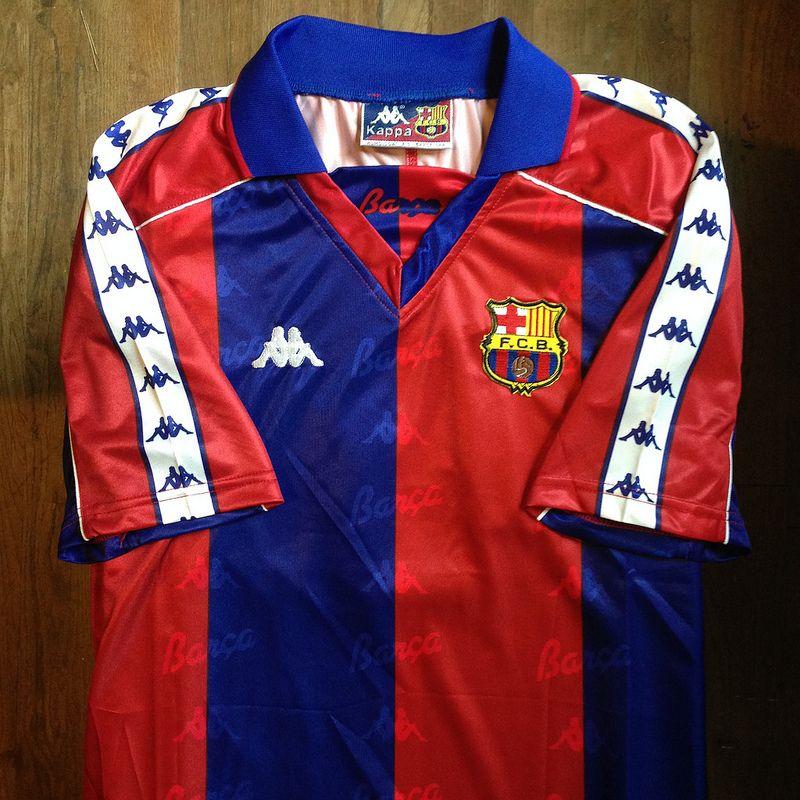 585fa5313 1993-1995 FC Barcelona Home Jersey    • Primera equipació del FC Barcelona  per a…