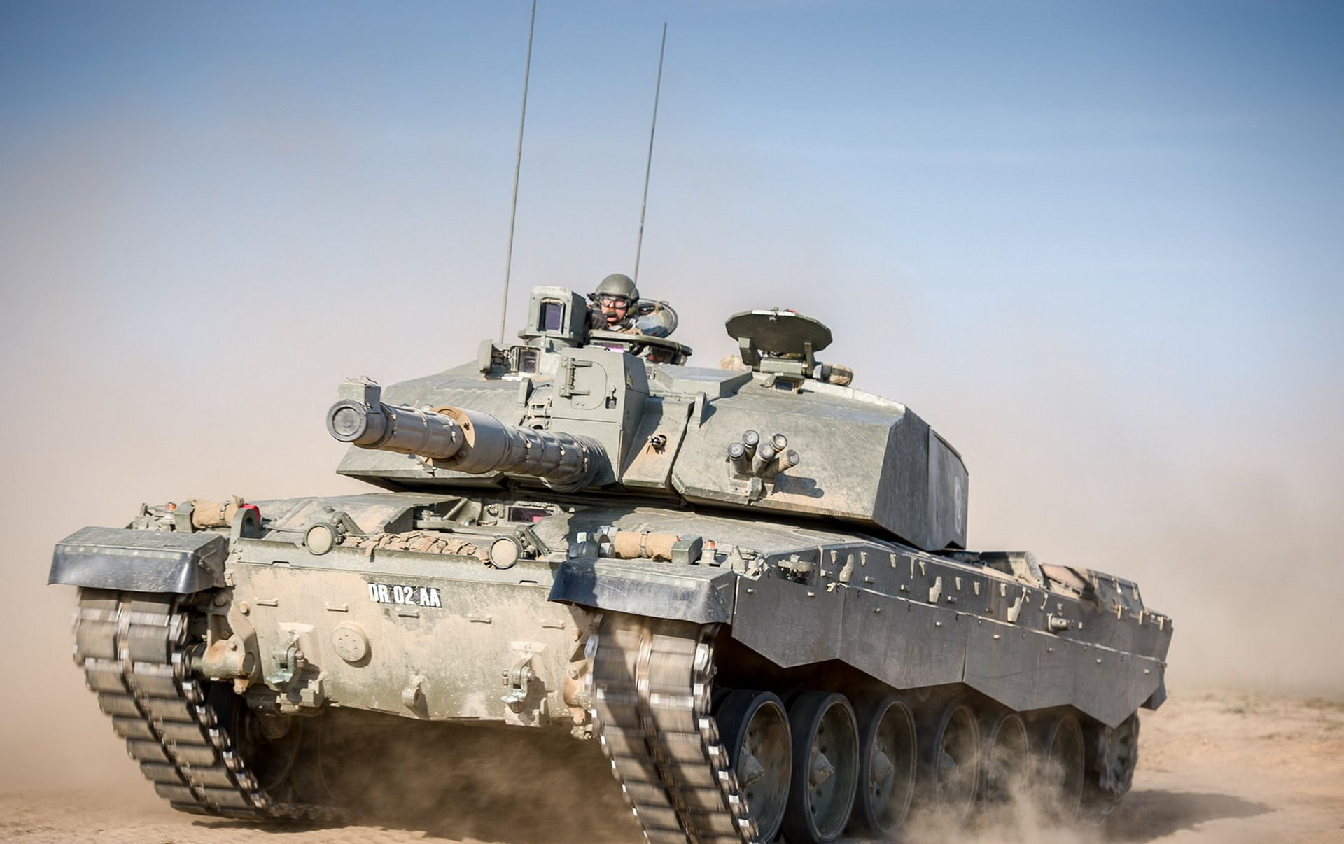 military challenger 2 tank wallpaper tanks armored fighting