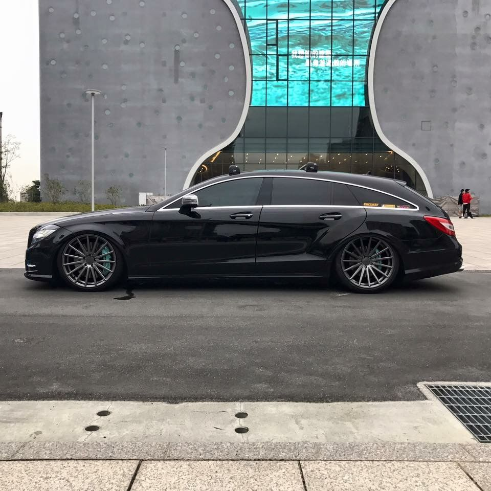 Mercedes Benz Cls Shooting Brake Vossen Wheels Favorite
