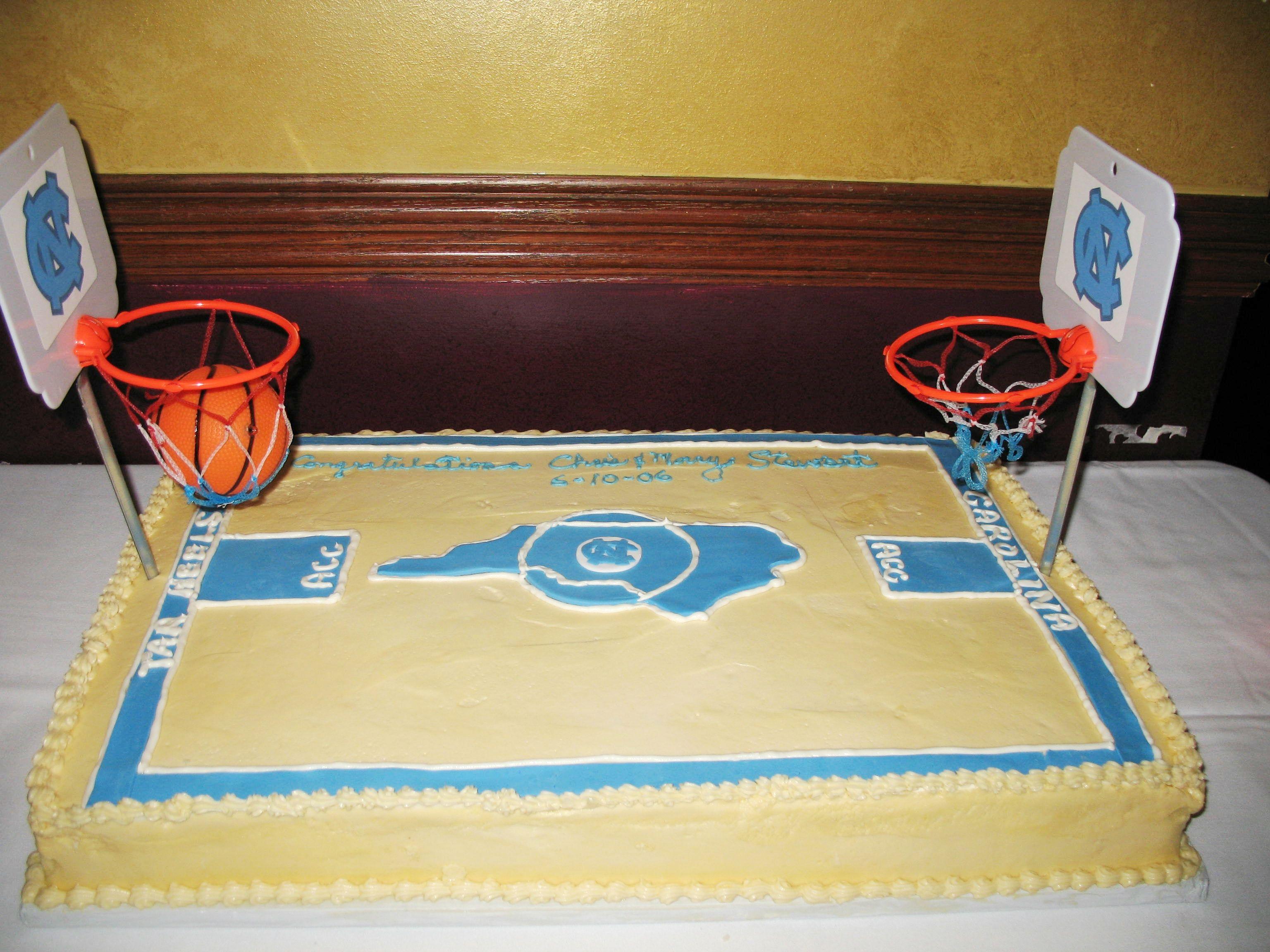 basketball court cake www.cheesecakeetc.biz wedding cakes Charlotte ...