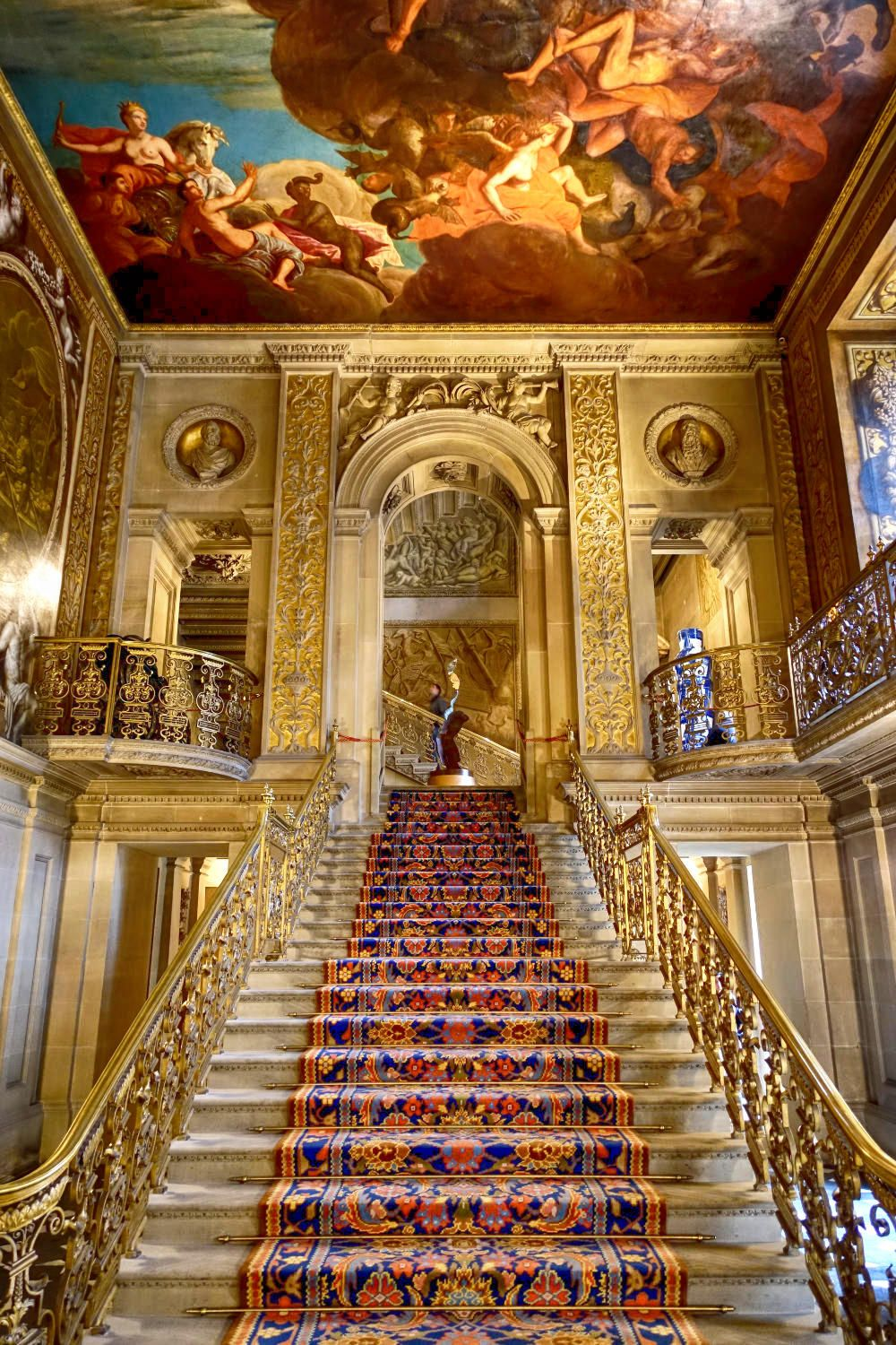 Chatsworth House History: 10 Of The Best English Country Houses In Britain
