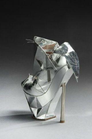 Lady Gaga Y El Zapato De Las 4 000 Libras Zapatos De Lady Gaga Zapatos Funky Zapatos
