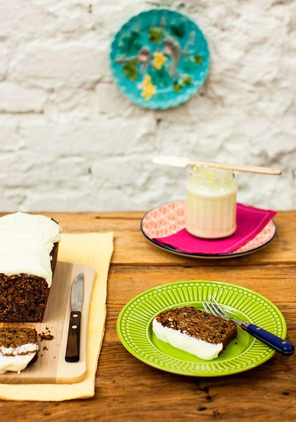 77bc852df ... especiarias | Receita Panelinha: Você não vai acreditar na  maravilhosidade desta receita: além da cenoura (ralada!), o bolo leva  especiarias e nozes.
