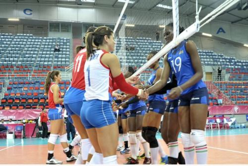 Noticiapr Partido De Voleibol Voleibol Volleyball Femenino