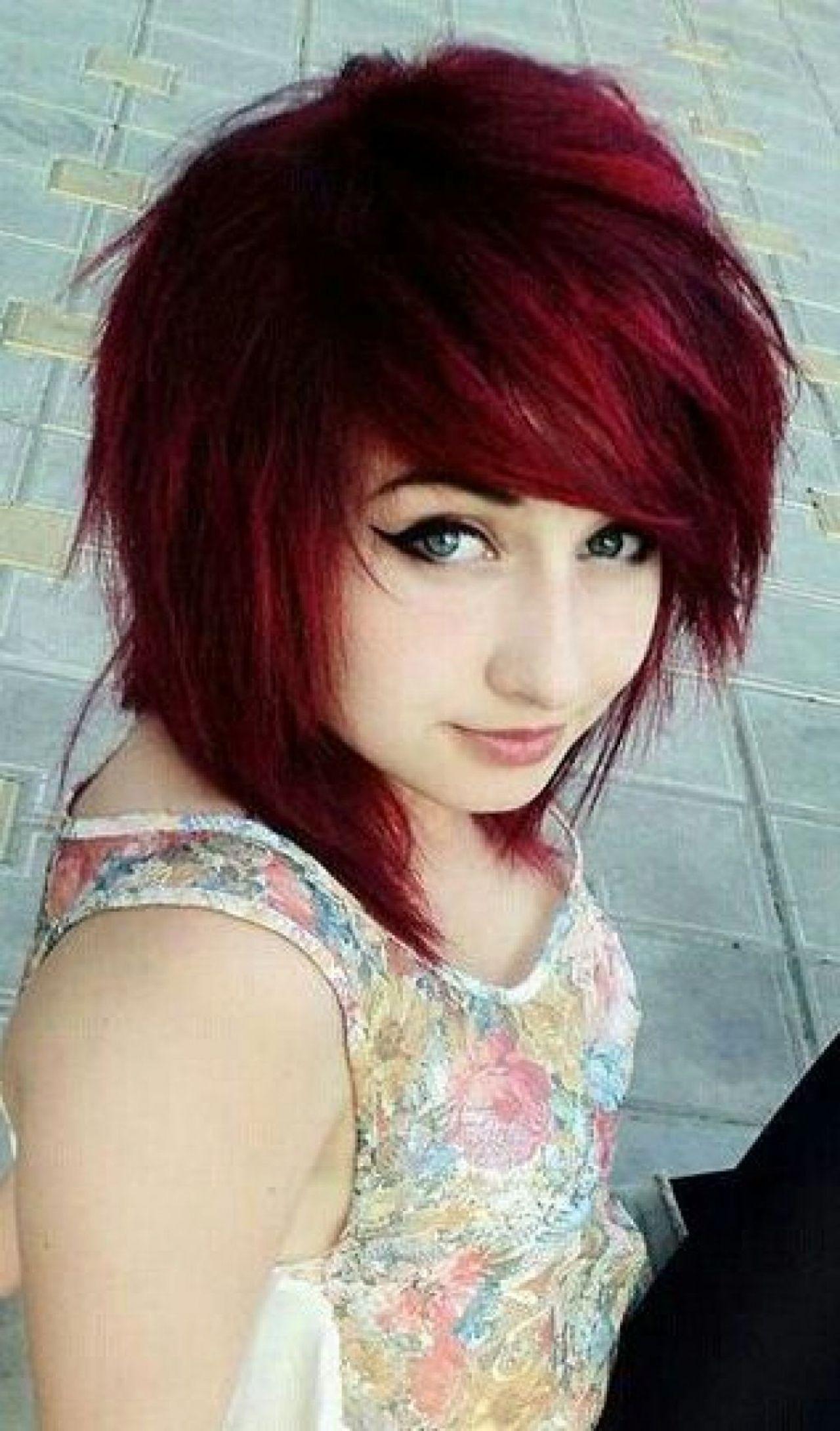 Nette Mädchen-Frisuren für Kurzes Haar  Emo girl hairstyles
