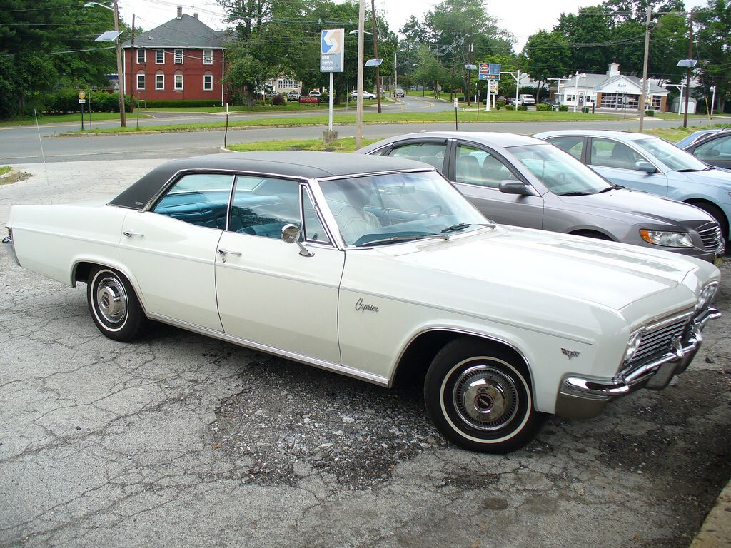 1966 Chevrolet Caprice Sedan | See the U.S.A. in your Chevrolet ...