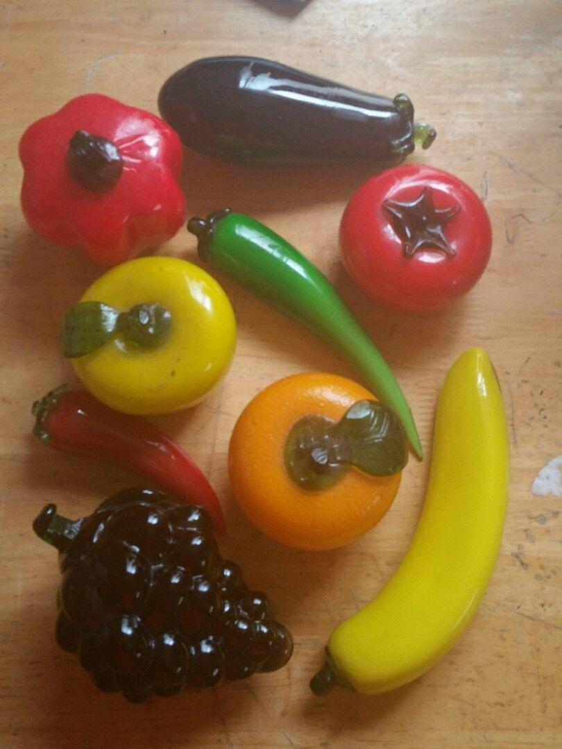 Huge Lot Of 8 Vintage Hand Blown Art Glass Fruit Vegetables Life Size