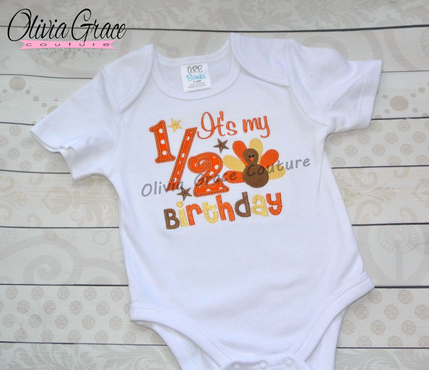 Appliqued baby clothes 6 Month birthday infant bodysuit T-shirt Embroidery Monogrammed