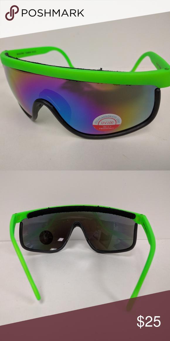 2698e7db01 Vintage Ski style 1 pc framed blade sunglasses Vintage 90 s ski style  framed bladed 1 pc