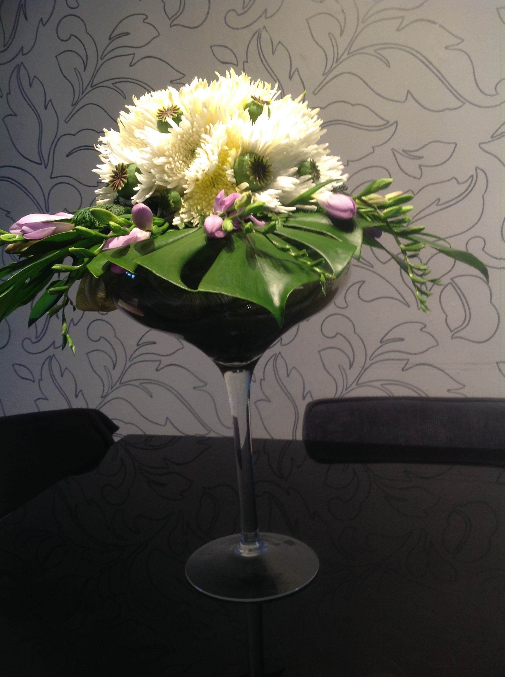 Pin by lesly mendoza on arreglos florales pinterest flower flower arrangement floral arrangements martini vase flower arrangements flower vases floral arrangement floral wreath jar floridaeventfo Images