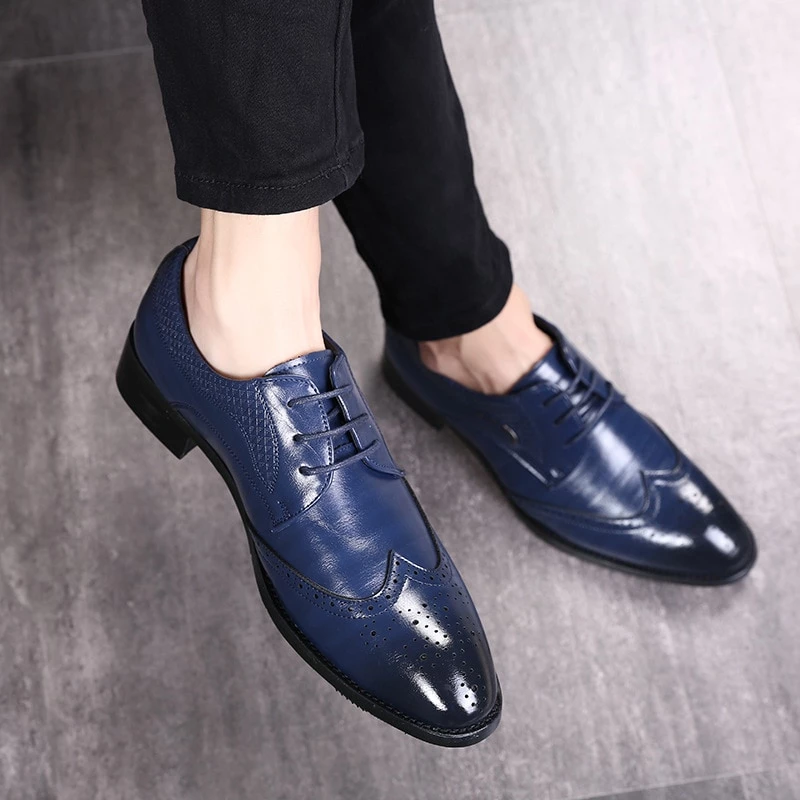 Chic Men Brogue Carving Leather Breathable Shoes Business Casual Lace-up Shoes A